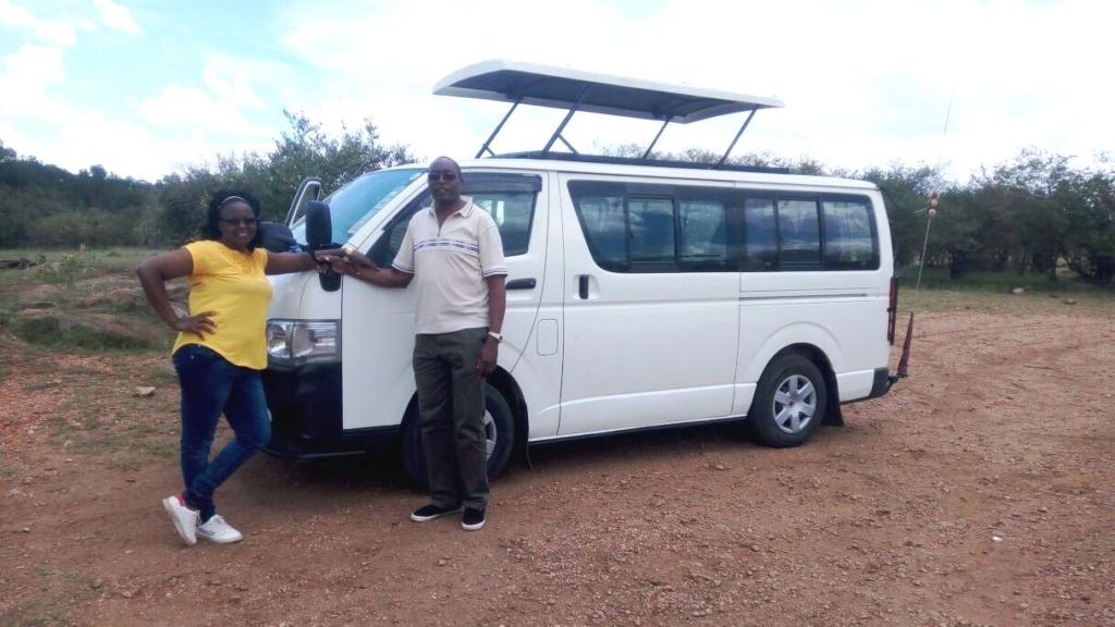 Safari Vehicle Hire Kenya, Hire Tour Van, Hire Safari Vehicle Nairobi, Hire Customized Tour Van Nairobi Kenya