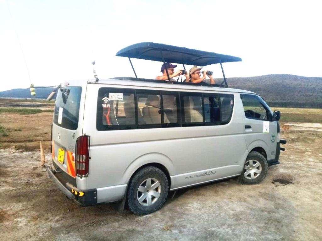 Hire Safari Tour Van Nairobi Kenya
